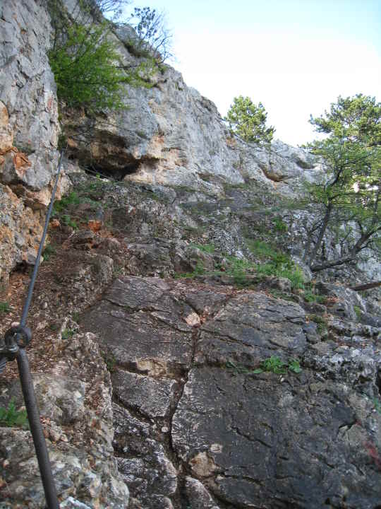Fels und Stahlseil